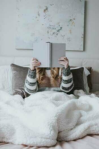 Fördelar med att läsa innan du ska sova